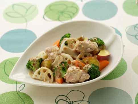 レンジでかんたん!根菜と鶏肉の蒸しサラダ