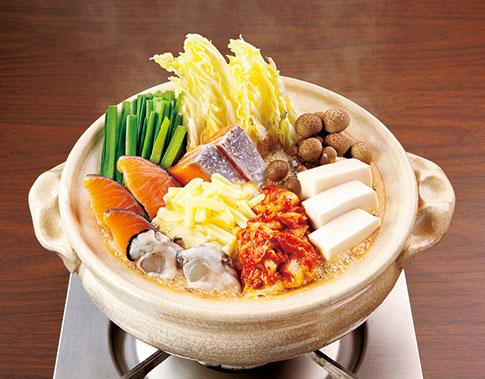 【おうちで忘年会】海鮮味噌チーズキムチ鍋