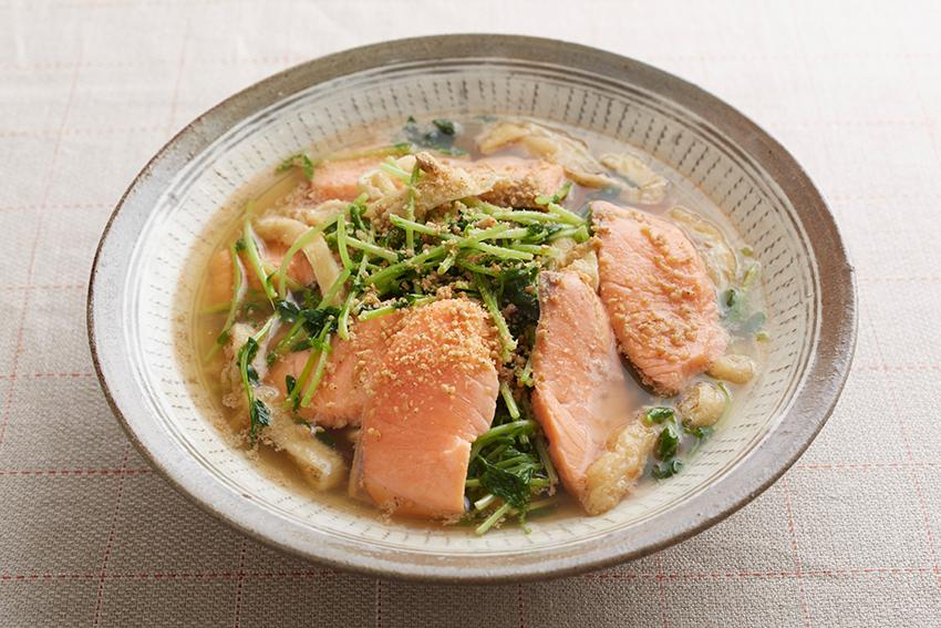 鮭と豆苗のさっと煮