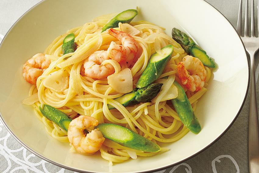 えびとアスパラのスパゲッティ