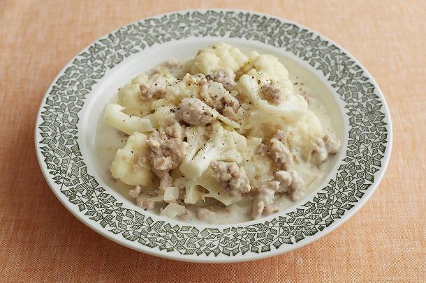 19_鶏ひき肉とカリフラワーのクリーム煮