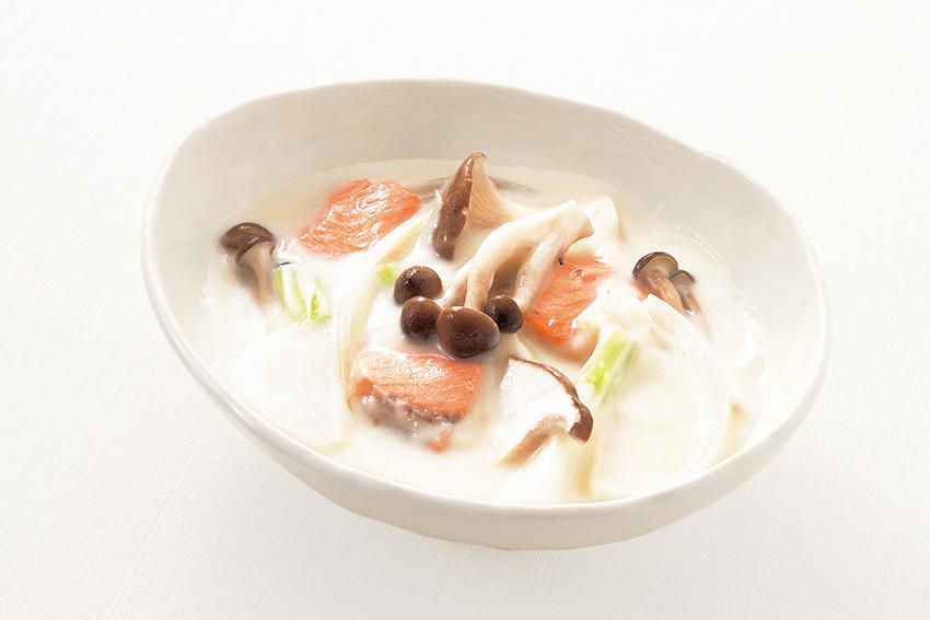 秋鮭ときのこのクリームシチュー